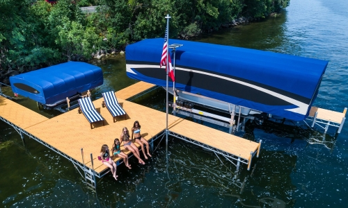 How to Pick Out a Boat Lift