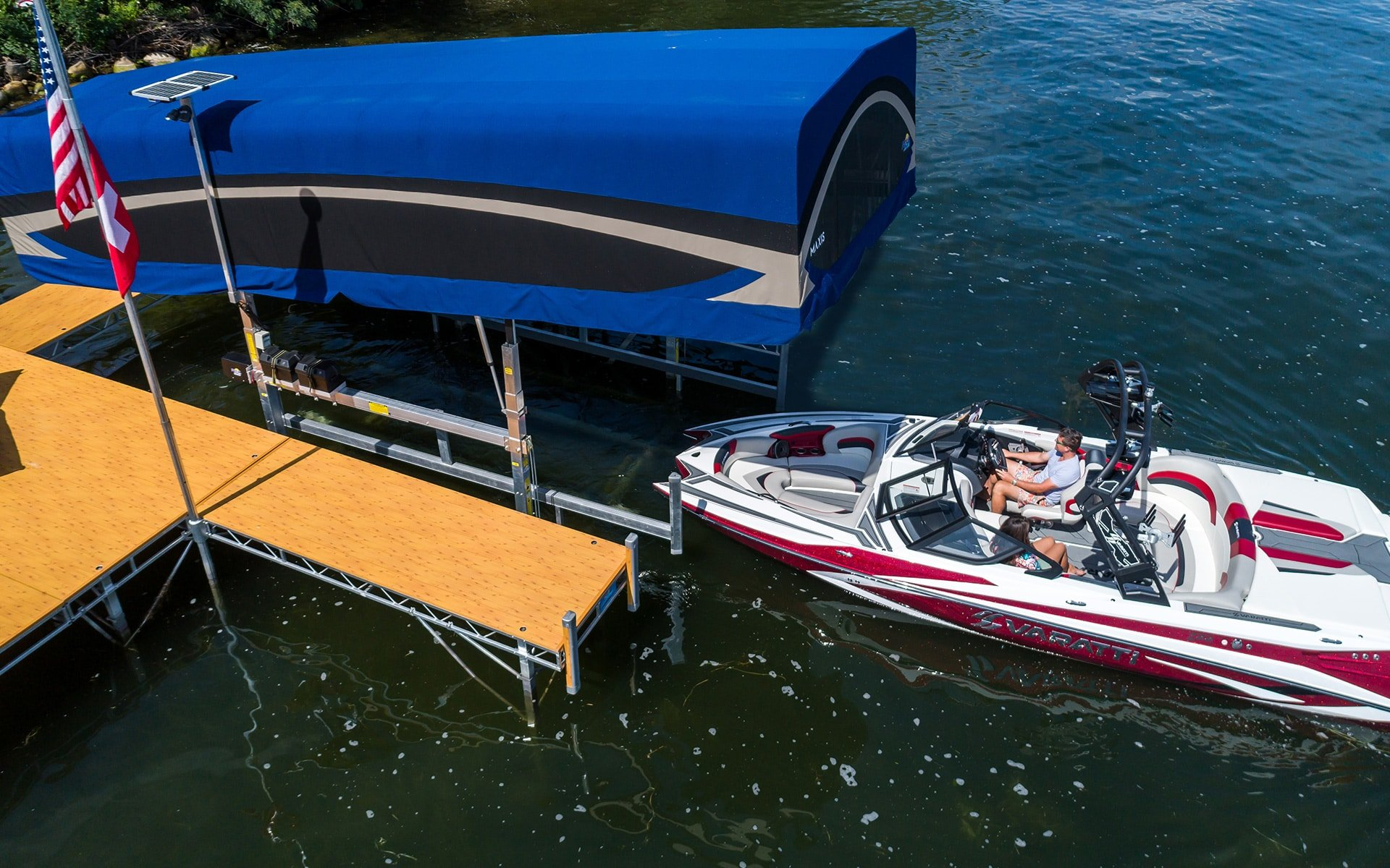 Floe Docks and Boat Lifts